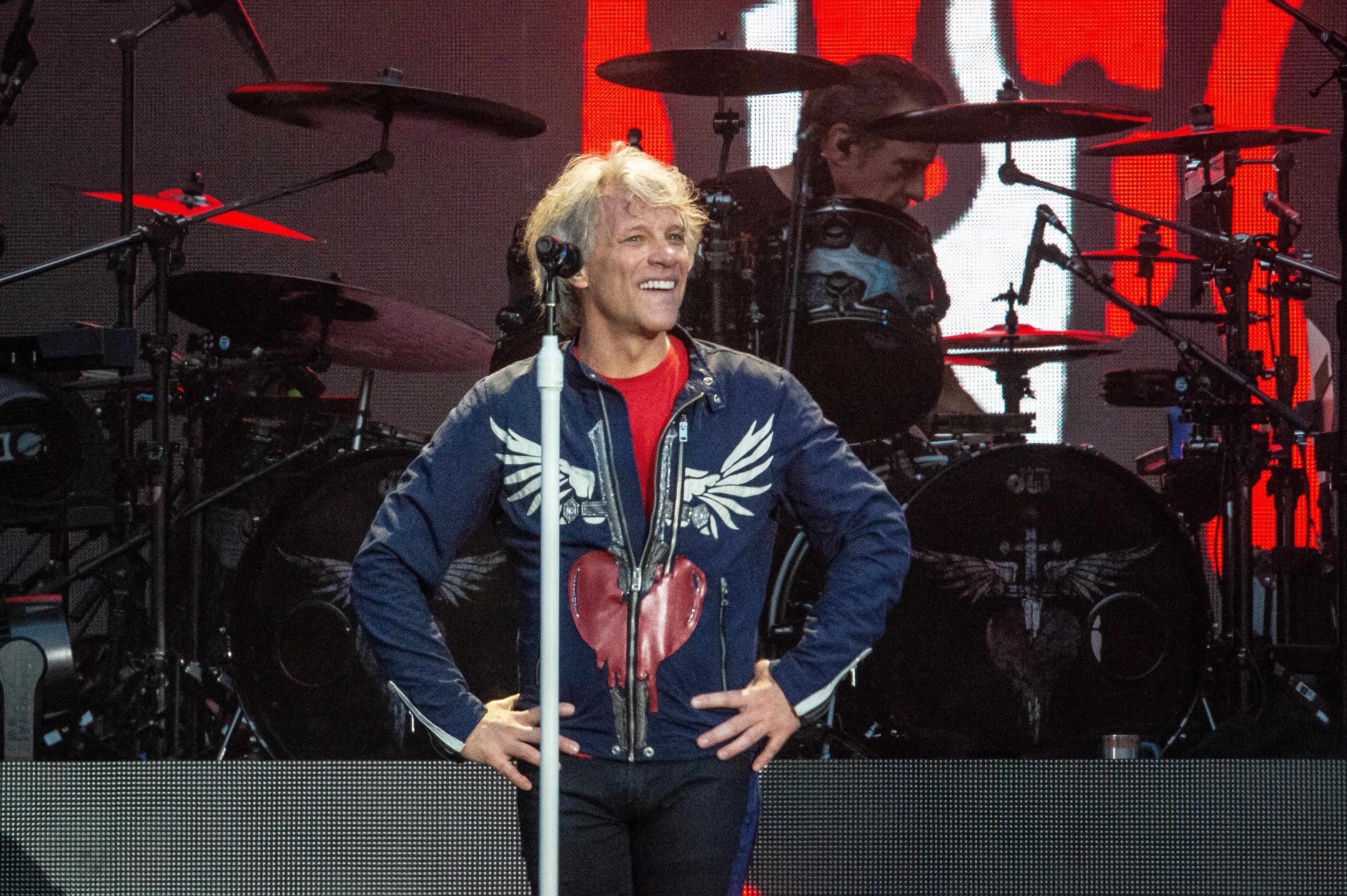 Bon Jovi впервые за 30 лет дали концерт в «Лужниках»