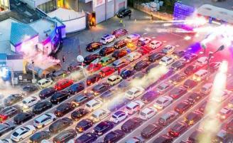 На паркинге «Лужников» пройдет серия drive-in концертов Live & Drive