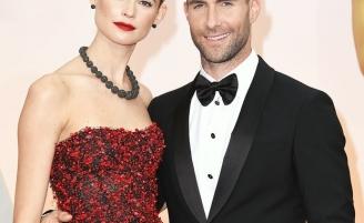 Солист группы Maroon 5 Адам Левин впервые станет отцом