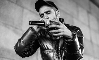 Концерт Майка Шиноды откроет рэпер Хаски